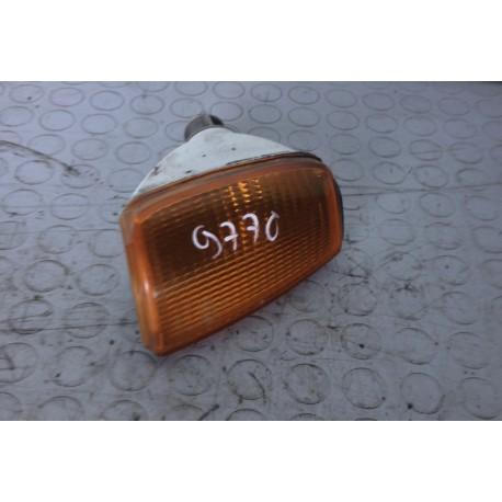 VOLKSWAGEN POLO CL (1990-1994) 3P FRECCIA FANALE FARO ANTERIORE DESTRA 867953050